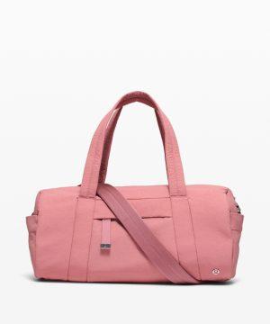 Lululemon – On my level bag